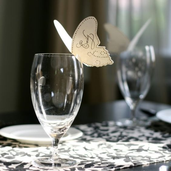 I love this idea for place cards