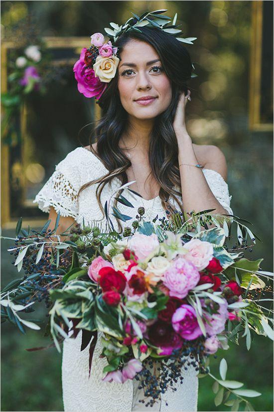 romantic boho chic bridal look @weddingchicks: