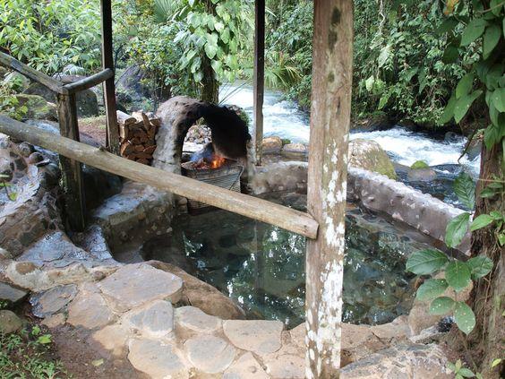 "Bild ""Holzbefeuerter Hot Tub"" zu La Carolina Lodge in Bijagua"