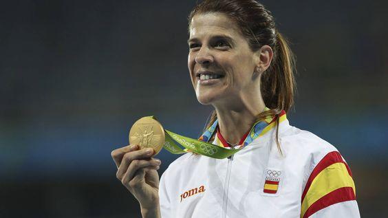 """Ruth Beitia: """"La política podría aprender del deporte a saber perder y a retirarse"""""""