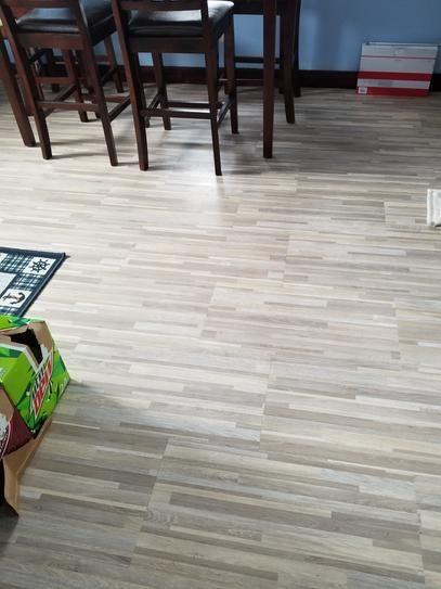 peel and stick vinyl tile flooring