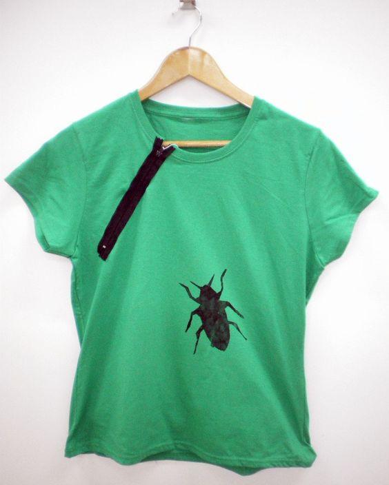 Samarreta amb cremallera de YIMIMEMATA  Shirt with zipper