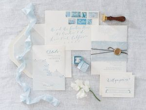 Brooke Keegan Special Events had done it again. Because this inspiration? Perfection. Overflowing with perfect 'something blue' details and hanging floral installations, it's all beyond pretty. Captured by The Grovers complete with beauty from Kacee Geoffroy and rentals by Found Vintage