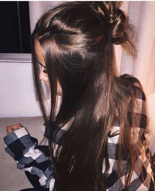 Huge 2020 Hairstyle List The 9 Hottest Trends To Be Obsessed With Ecemella In 2020 Hair Styles Hairstyle Long Hair Styles
