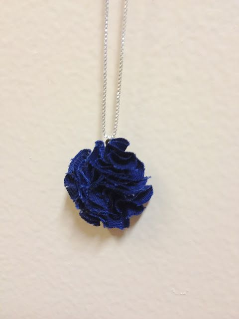 Crafternoon Delight: Fabric Pom Pom Necklace!