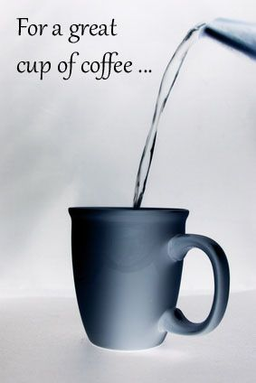FOR A GREAT CUP OF COFFEE … Warm it Up. In coffee shops, cups are kept warm on top of the espresso machine. At home you can fill your coffee cup with boiling water for a couple of minutes before pouring your cup of joe. Imbibe magazine reports that this this will extend your cups heat by at least ten minutes.