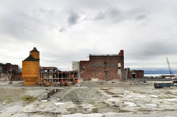 The old Georgia Pacific site on the #Bellingham Bay is demolished to make way for residential and multi-use buildings, better access to the water and a much needed expansion of the marina.  Goodbye industrial waste!  Hello beautiful waterfront.  photo by Jolene Hanson  @livegoodbehappy