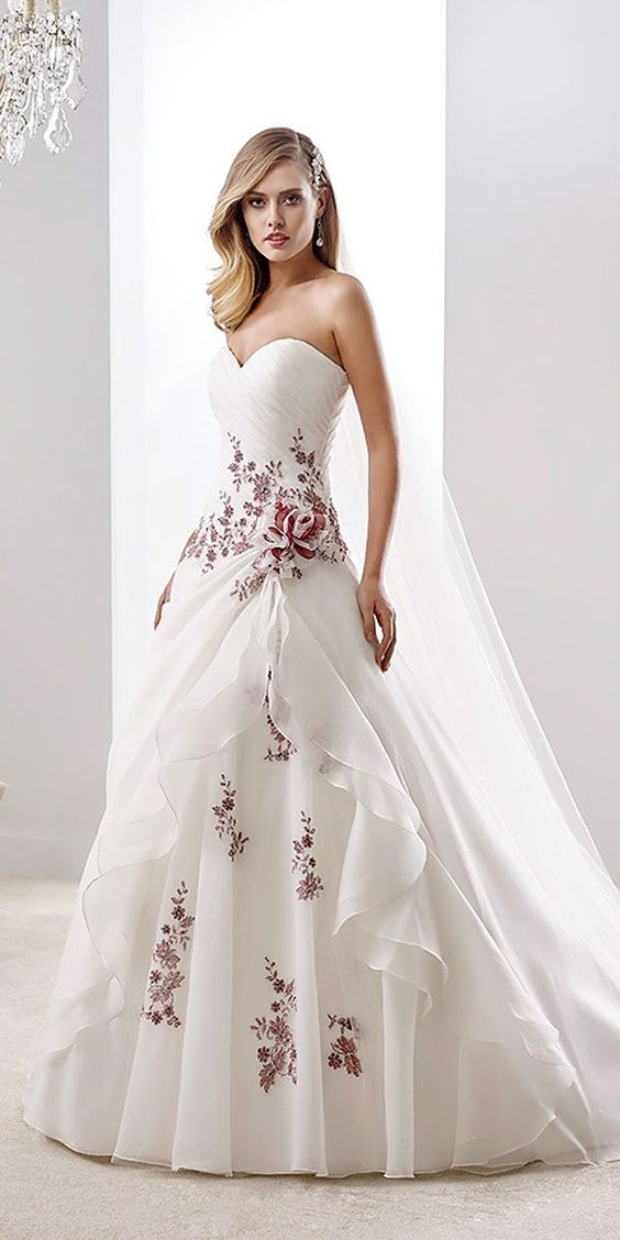 24 trendy floral applique wedding dresses beautiful for Wedding dress with purple embroidery