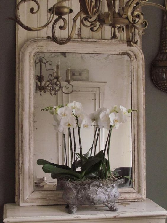 Zeer grote Franse brocante spiegel /Large  French mirror. SOLD