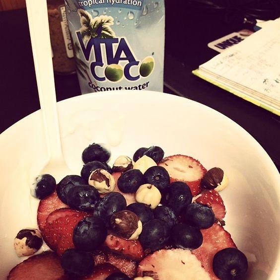 #delish #fruittylove #blueberries #strawberries #hazelnuts #soyyoghurt #yammi #Padgram