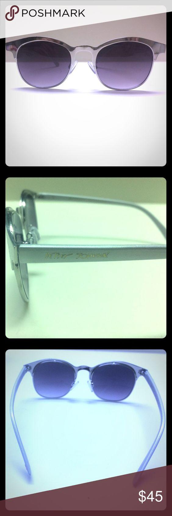 Like new Betsey Johnson sunglasses Silver framed sunglasses Betsey Johnson Accessories Sunglasses