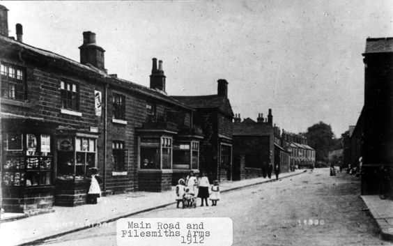 Oughtibridge. Main Road and Filesmith's Arms public house, 1912