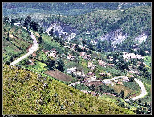 Road in Los Cuchumatanes, Chiantla, Huehuetenango.
