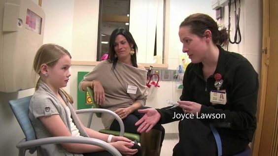 Ouchless Iv Starts At St Louis Children S Hospital Child Life Specialist Child Life Childrens Hospital