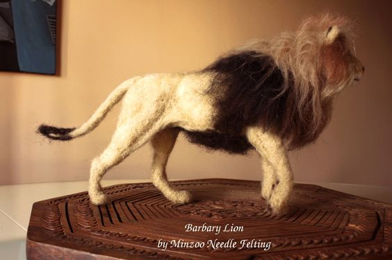 felted lion by minzoo