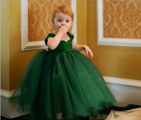 $19.99 (Buy here: https://alitems.com/g/1e8d114494ebda23ff8b16525dc3e8/?i=5&ulp=https%3A%2F%2Fwww.aliexpress.com%2Fitem%2FGirl-upscale-evening-dress%2F32741207435.html ) Girl Upscale Tulle Tutu Evening Dress Kid Wedding Dress White Green Violet for just $19.99