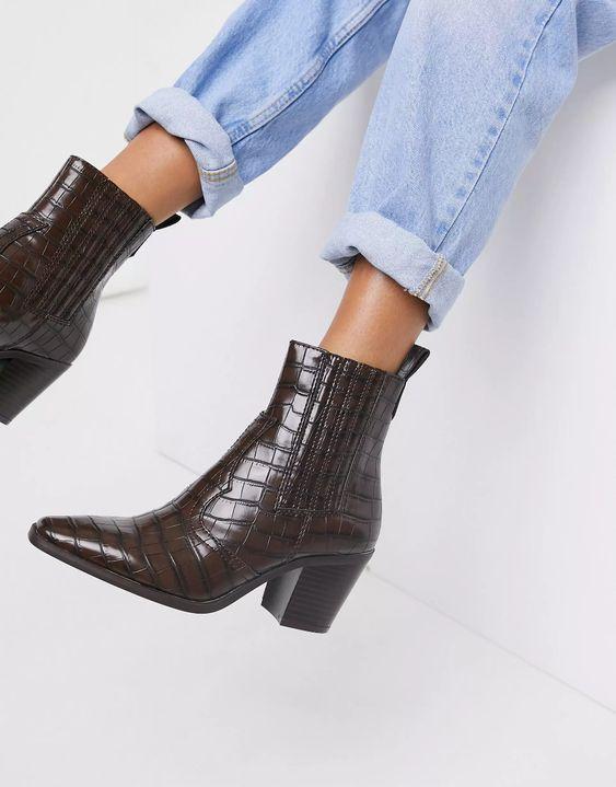 Stradivarius heeled western boot in brown