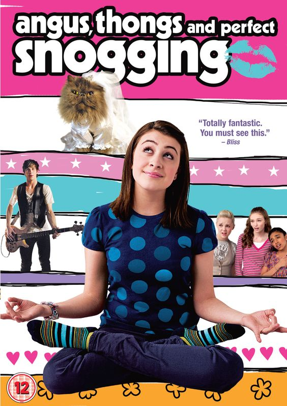 """Angus, Thongs and Perfect Snogging - I love the story and Aaron Johnson is a """"sex god"""" !!"""