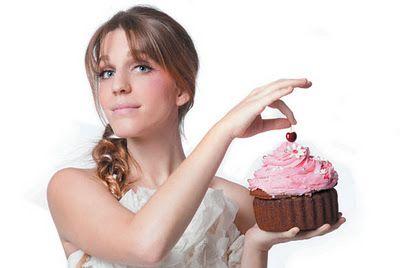 Luisa Sobral - The cherry on my cake  Wonderful voice!!!  I love it!!!