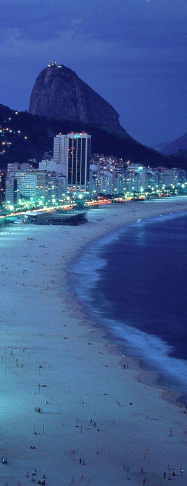 Playa de Copacabana - Rio de Janeiro, Brazil: