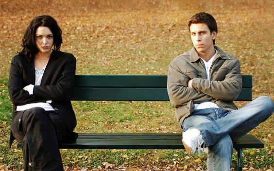 Las relaciones de pareja son complicadas, y cuando no estás feliz, puede ser muy difícil identificar que está causando esta infelicidad y que necesita cambiar. http://www.psicologiaenaccion.com/6-senales-indican-no-estas-feliz-relacion-pareja/