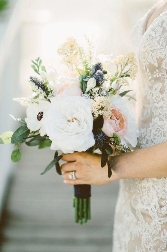 1000pcs Artificial Silk Rose Petals For Weddings Flower Girl