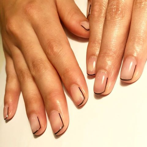 Simple Black Line Teetee18 Nailsbymei Handpainted Gelnails Nailart Funky Nail Art Lines On Nails Minimalist Nails