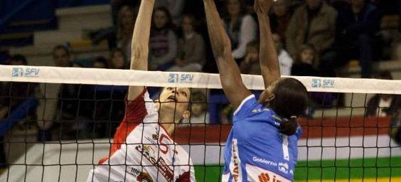Salou acoge toda la emoción de la Copa de la Reina 2012 http://www.20minutos.es/noticia/1332769/0/salou/copa-de-la-reina/voleibol/