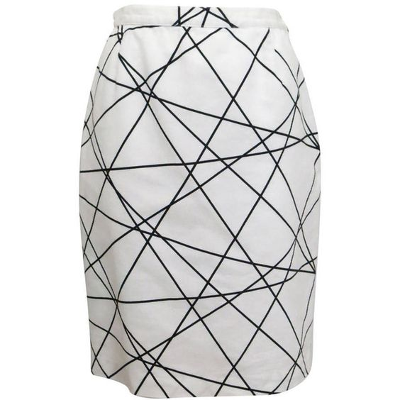 Preowned 1980s Courreges Black And White Abstract Print Pencil Skirt ($215) ❤ liked on Polyvore featuring skirts, pencil skirt, white, white skirt, black and white pencil skirt, white and black pencil skirt, knee length pencil skirt and pull on pencil skirt
