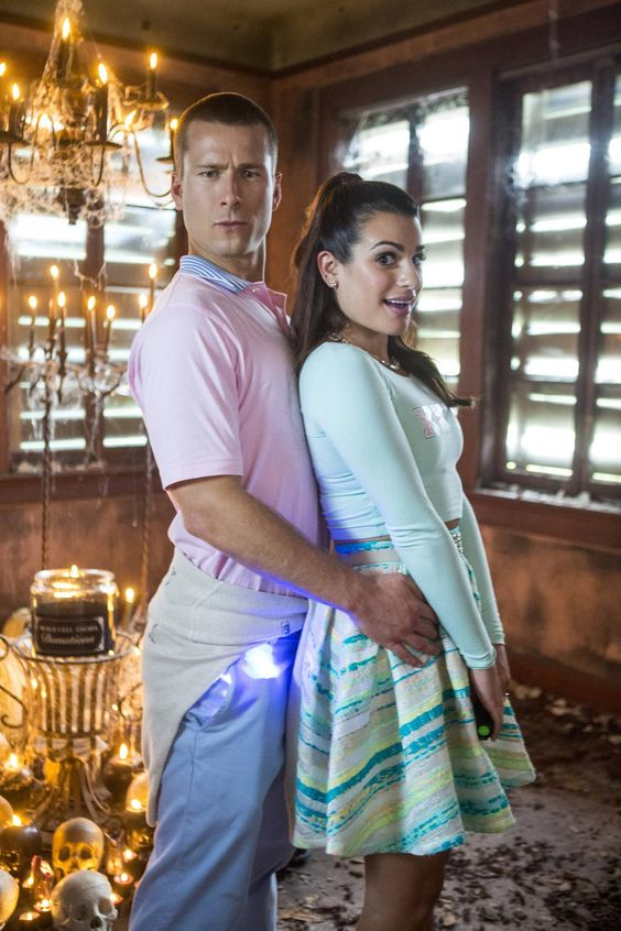 Behind the scenes with your new OTP! #Chester @glenpowell @msleamichele #ScreamQueens