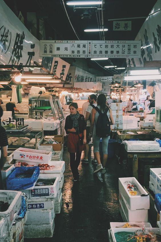 Submission by Saya Kimura. See more of Saya's work on Pexels at https://www.pexels.com/u/saya-kimura-33726/ #people #women #market