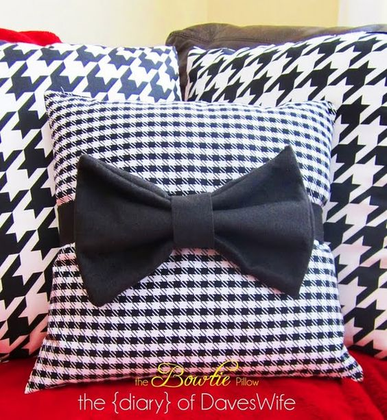 BowTie Pillow DIY..could be done with velvet.