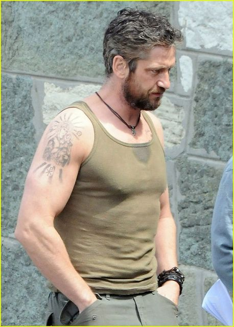 USA and AUSTRALIA ONLY  Scottish actor Gerard Butler filming of Coriolanus in…
