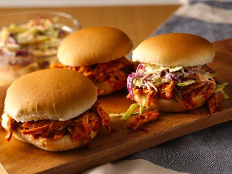 Pulled Chicken Sandwiches - Enjoy these delicious chicken sandwiches filled with coleslaw(optional or baked beans) made using Progresso™ Recipe Starters™ tomato sauce – dinner ready in 30 minutes.