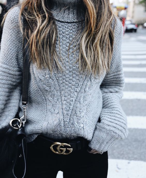 These fall and winter chunky knit sweater and gucci belt outfits are so cute!