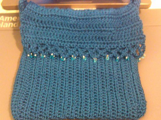 Easy to crochet messenger bag. bolsa en crochet
