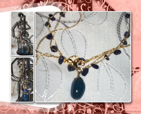 Correntes em crochê com fio metalizado ouro, sendo uma com sodalitas; pingente quartzo azul (solitário).