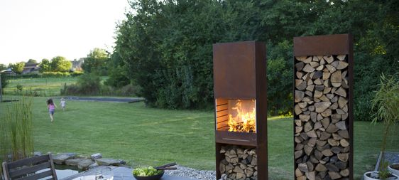 Tole-feu-de-jardin-barbecue-range-buches-acier-corten-inox
