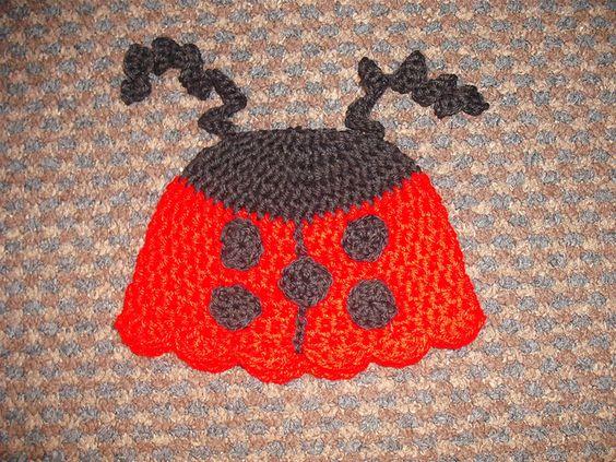 Ravelry: Ladybird Beanie 0-3mths pattern by Irene McCormick