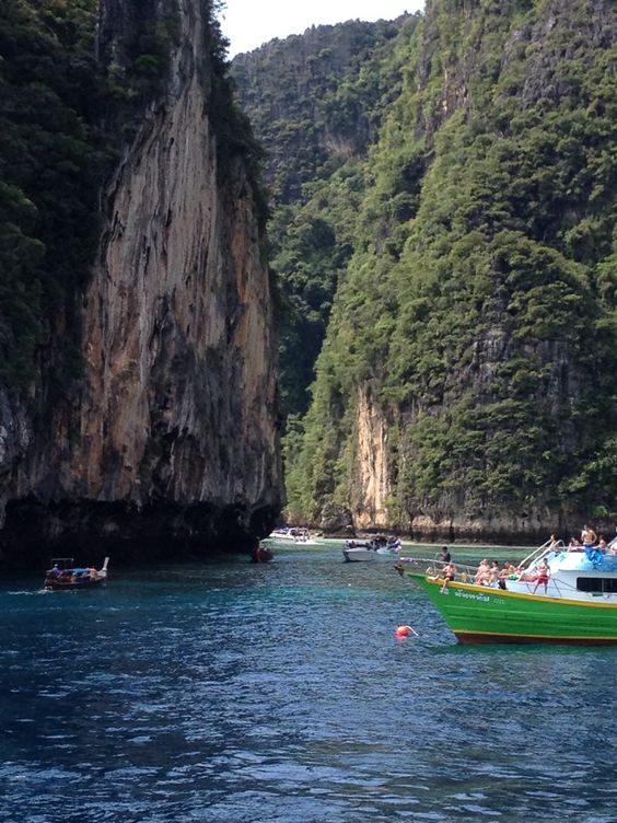 Pileh lagoon Phi Phi Island