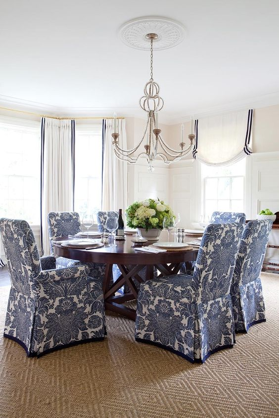 Dining Room in blue and white -  Anne Hepfer Designs