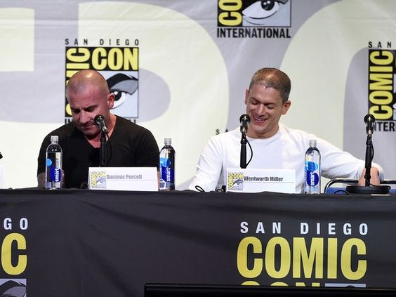 Os atores Dominic Purcell e Wentworth Miller falam sobre o retorno de Prison Break, neste domingo (24), na Comic-Con 2016 (Foto: KEVIN WINTER…