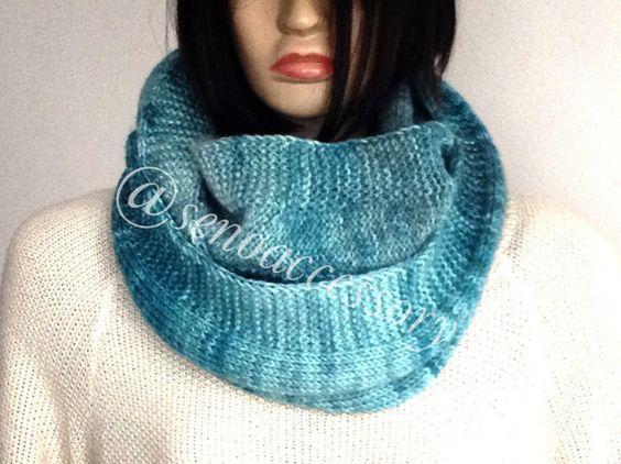 Knit Infinity Scarf Chunky Knit Infinity Scarf by senoAccessory #scarf #chunkyscarf #scarves