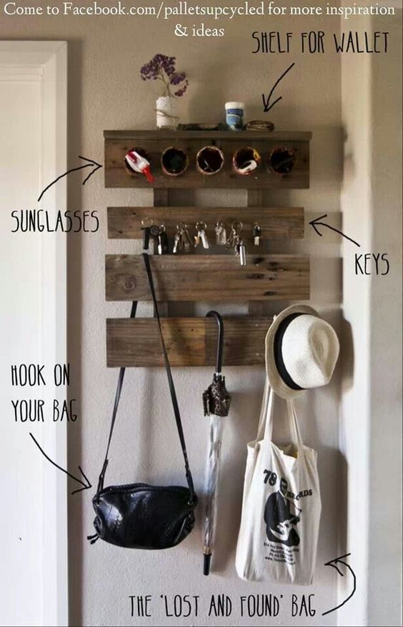 Love it..except I'd have hooks for all my boys hats!!!