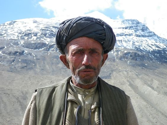 Caras de gente afghana..