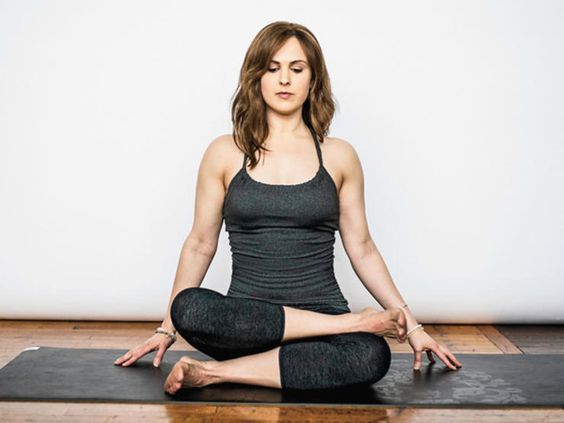 12 yoga poses for tight hips - photo: double pigeon