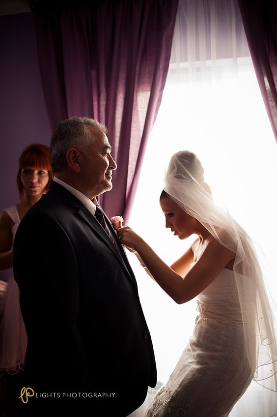 Wedding photography Wedding moments www.lights-photography.com