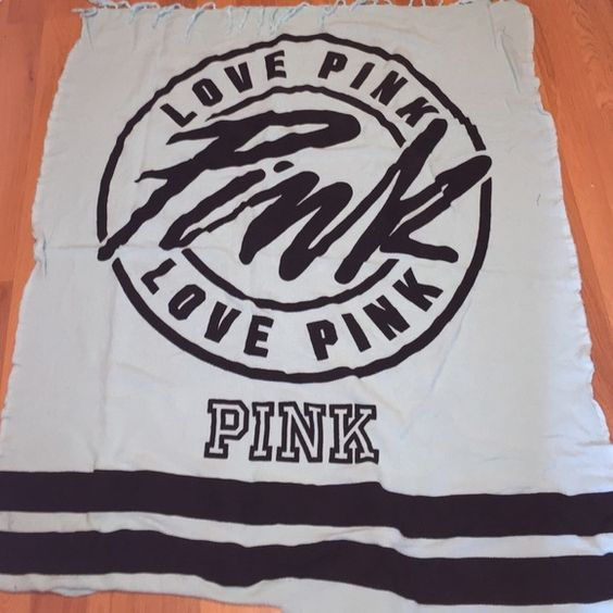 PINK beach Blanket Never used! Accepting offers- will trade for VS pink, high end makeup, and other name brands.✨ PINK Victoria's Secret Other