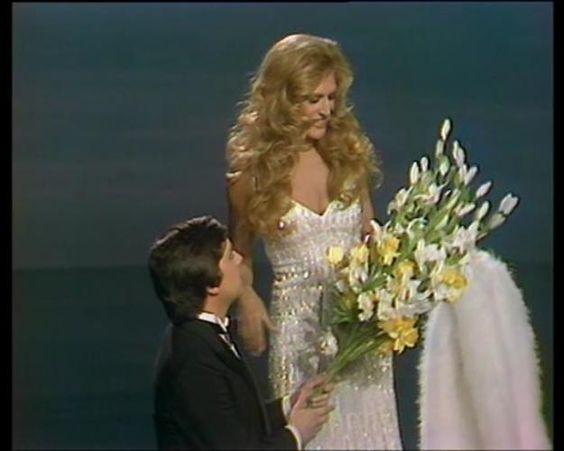 Dali avec Thierry Le Luron que Dali aimait beaucoup meme si parfois il n'était pas très tendre avec elle !