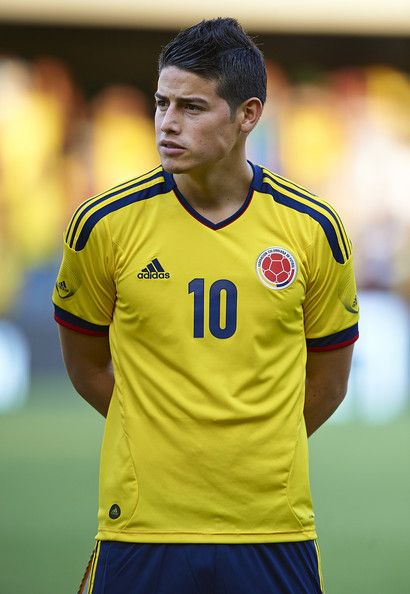 James Rodriguez of Colombia lines up ahead of the International Friendly match between Colombia and Serbia at the Mini Estadi Stadium on August 14, 2013 in Barcelona, Spain.